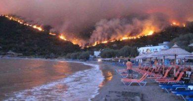 Incendio Grecia Atene